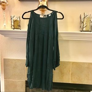 NWT Old navy cold shoulder dress